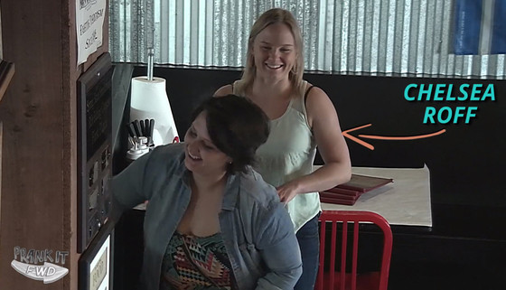 Best Shift Ever, Waitress Receives Life-Changing Tip