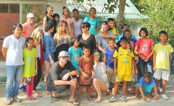 Kardashian Jenner Family, Thailand Orphanage