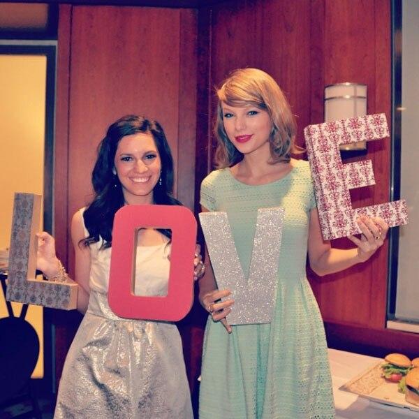 Taylor Swift, Gena, Instagram