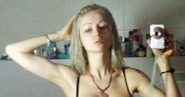 Human Barbie Valeria Lukyanova Takes Makeup-Free Bikini ...