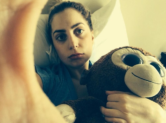 Lady Gaga, Twitter