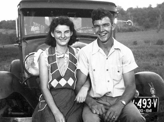 Helen Felumlee, Kenneth Felumlee