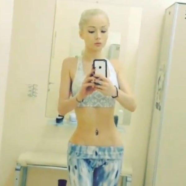 Valeria Lukyanova, Selfie