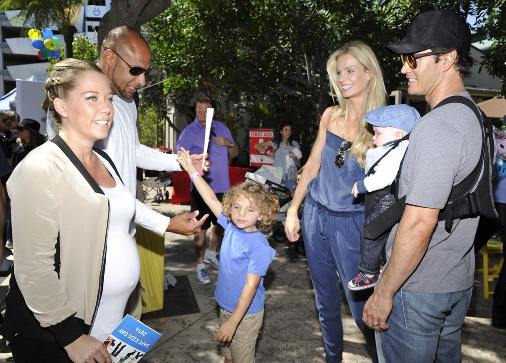 Kendra Wilkinson, Hank Baskett, Catriona McGinn, Michael Gosselaar, Mark Paul Gosselaar