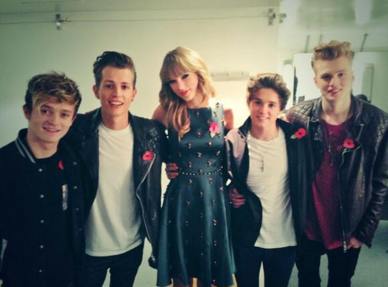 Taylor Swift, The Vamps, Twitter