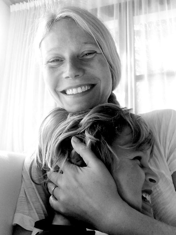 Gwyneth Paltrow, Moses, Twit Pic