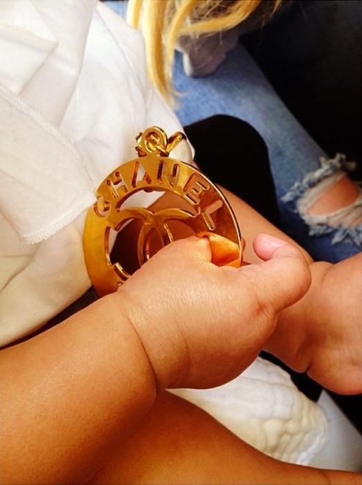 Khloe Kardashian, North, Instagram