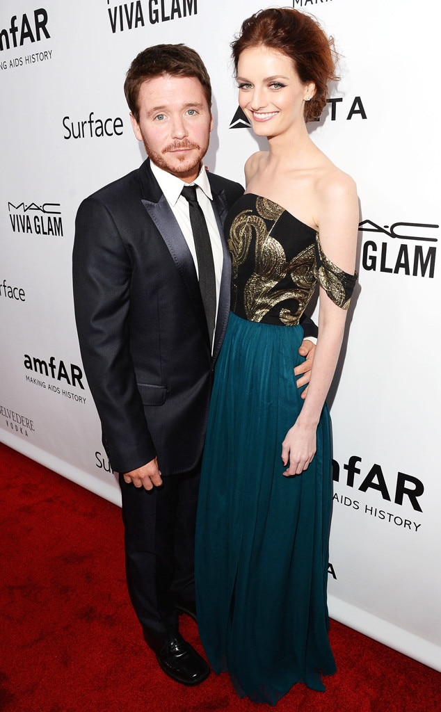 Kevin Connolly, Lydia Hearst