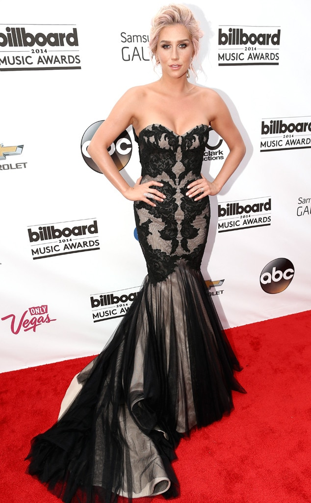 Kesha, Billboard Music Awards