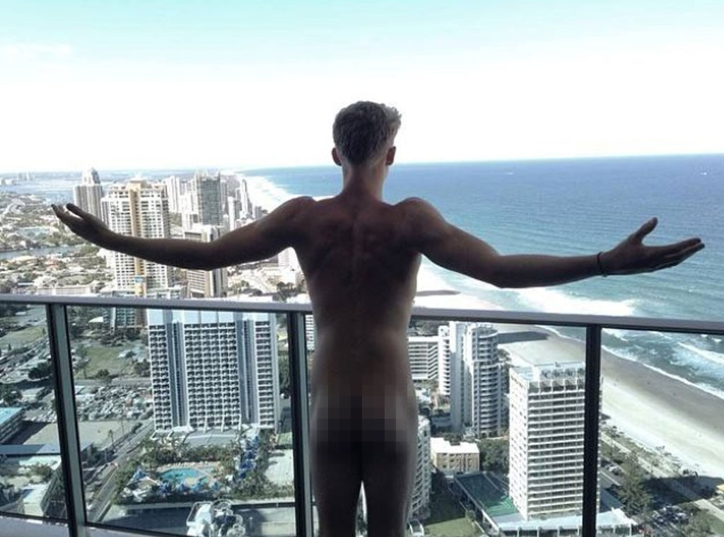 Cody Simpson, naked celeb
