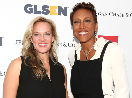 from Mason is robin roberts gay married
