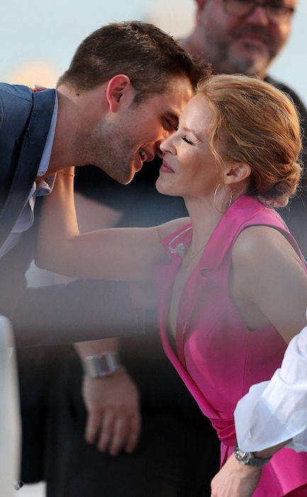Robert Pattinson, Kylie Minogue