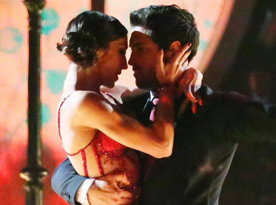 Why Dwts Meryl Davis Maksim Chmerkovskiy Should Be: Maksim Chmerkovskiy And Meryl Davis Get Asked If They're