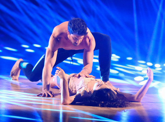 Maksim Chmerkovskiy Meryl Davis Declare We Re Not: Maksim Chmerkovskiy And Meryl Davis Get Asked If They're