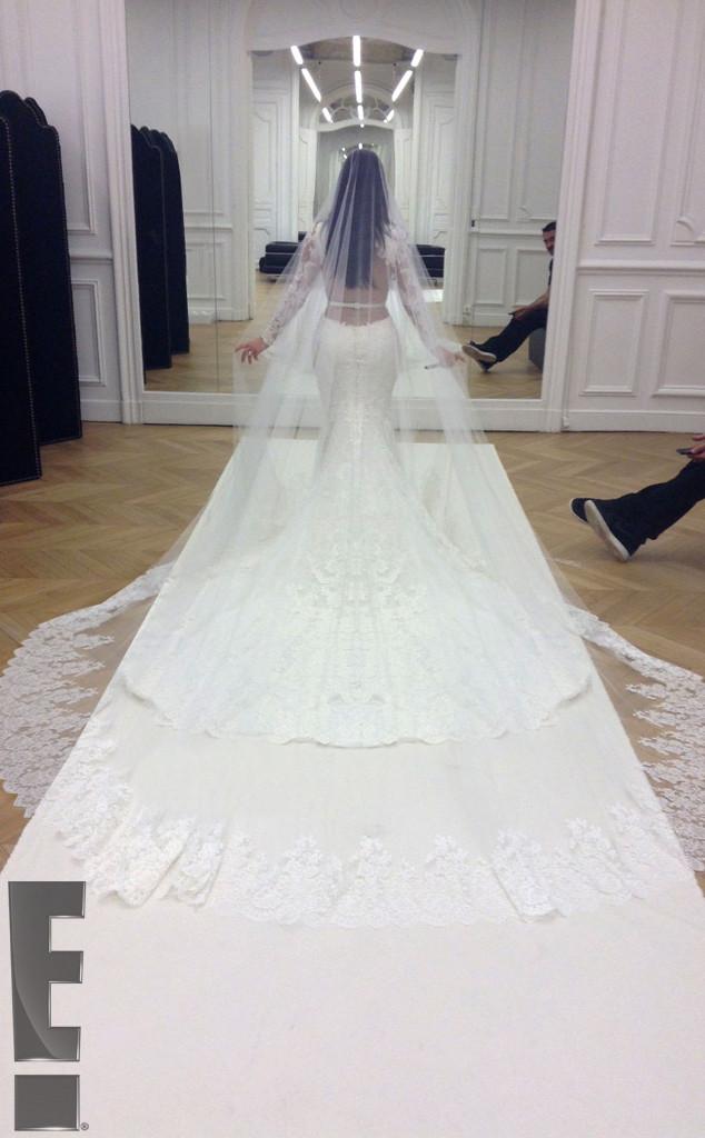 Kim Kardashian Wedding Gown: Bridal Couture From Kim Kardashian & Kanye West's Wedding