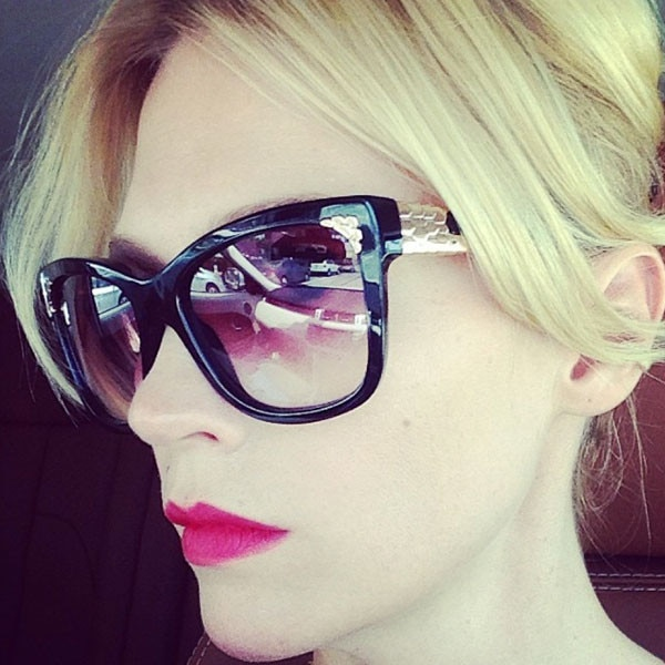 January Jones, Instagram, Selfie