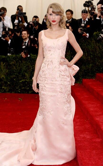 Taylor Swift, MET Gala, Oscar de la Renta, 2014