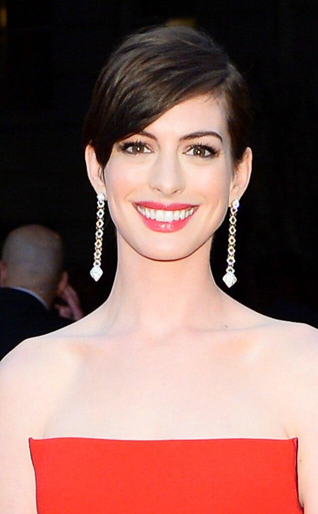 Anne Hathaway, MET Gala Beauty
