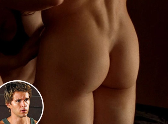 Ryan Kwanten, Butt