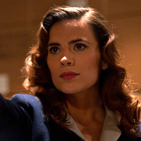 Hayley Atwell Gets Stuck In The Airport Watching Captain America Dresses As Peggy Carter For