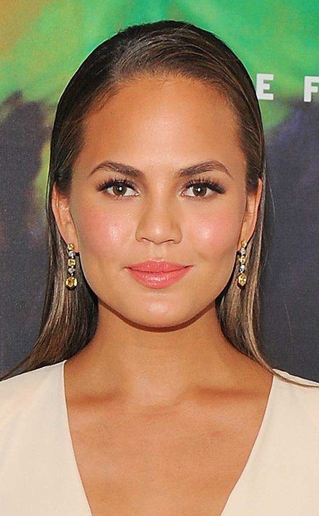 Chrissy Teigen, Beauty