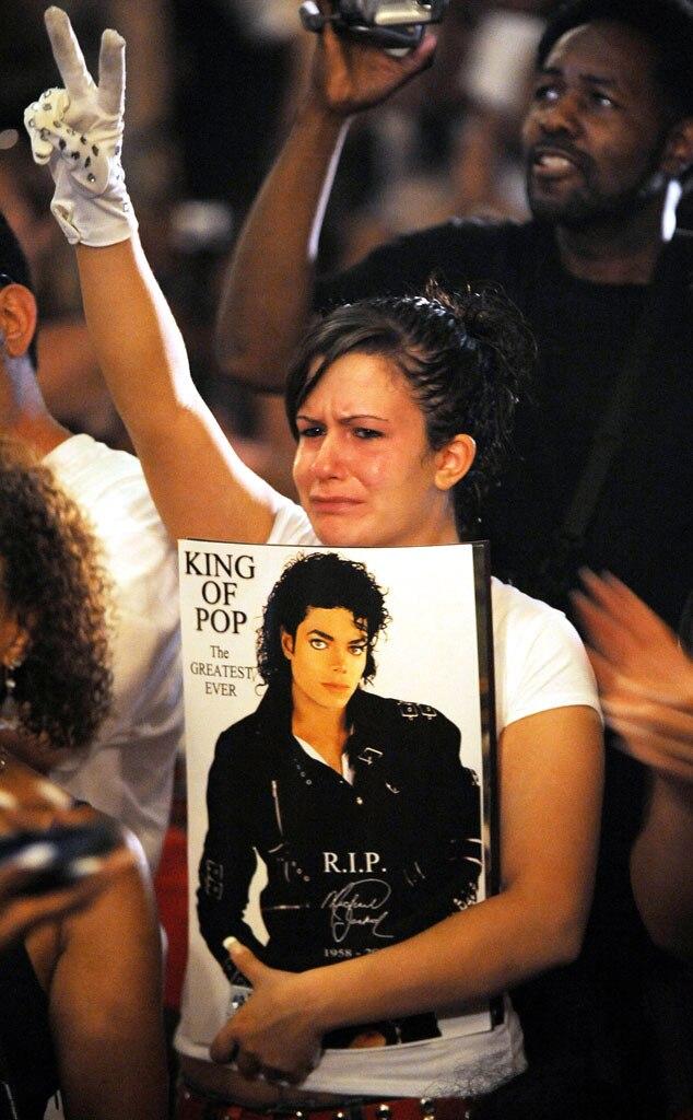 Michael Jackson Mourner