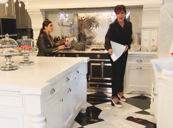 KUWTK Clip, Kitchen Poop