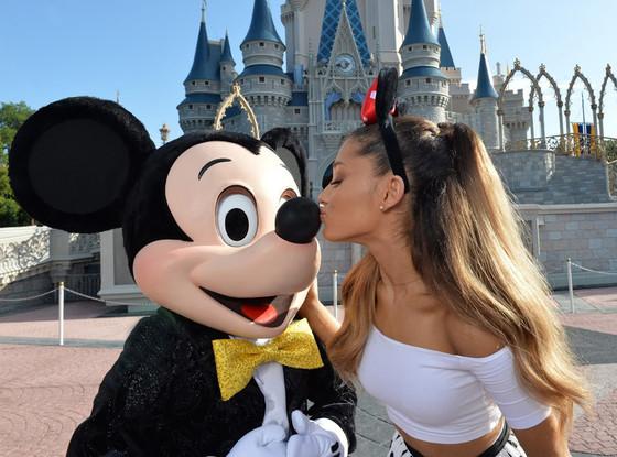 Mickey Mouse, Disney World, Ariana Grande