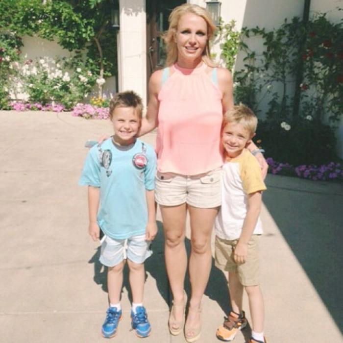 Britney Spears, Sons, Instagram
