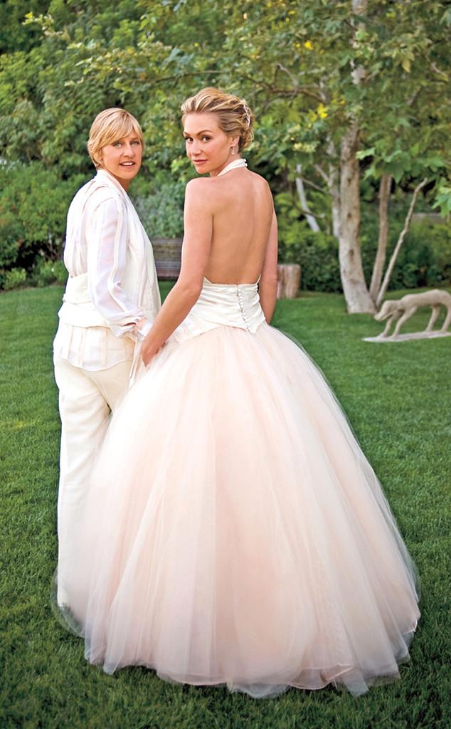 Portia De Rossi Wedding Kiss.Ellen Degeneres And Portia De Rossi Wedding Kiss 21415 Datamix
