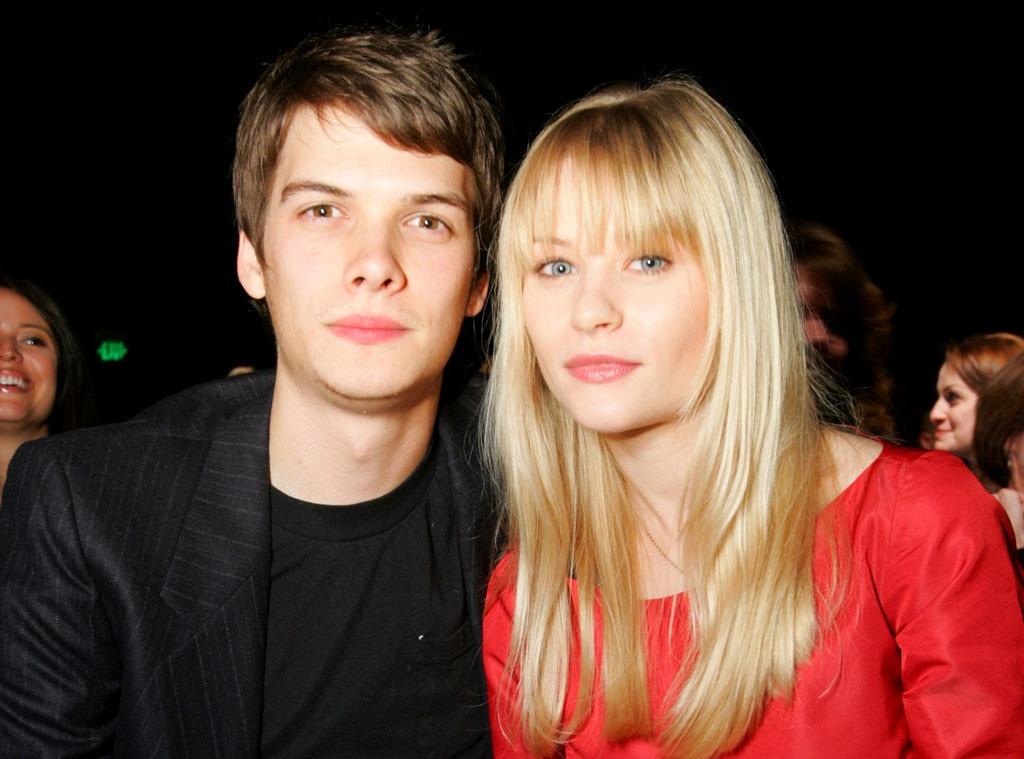 Emilie de Ravin, Josh Janowicz