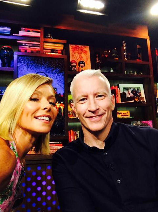 Kelly Ripa, Anderson Cooper, Twitter