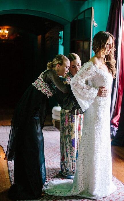 Molly Fishkin, Mary-Kate Olsen, Ashley Olsen, Wedding Dress