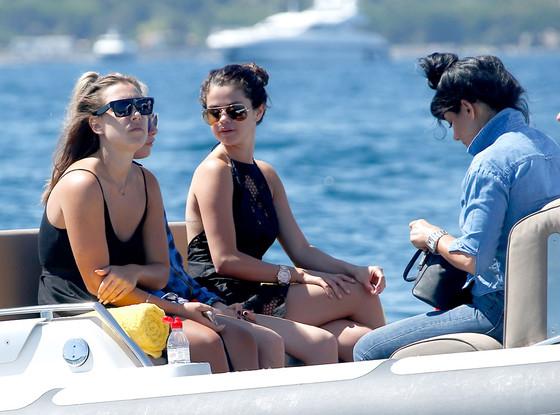 Selena Gomez, Cara Delevingne