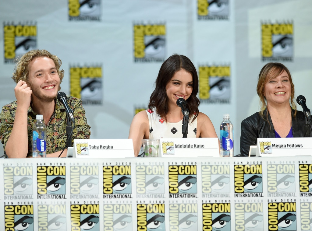 Toby Regbo, Adelaide Kane, Megan Follows, Comic-Con
