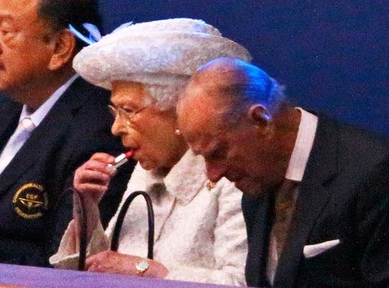 Queen Elizabeth, Lipstick