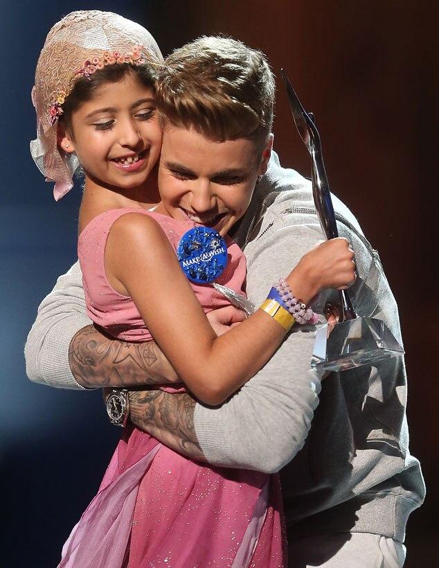 Justin Bieber, Grace Kesablak, Young Hollywood Awards