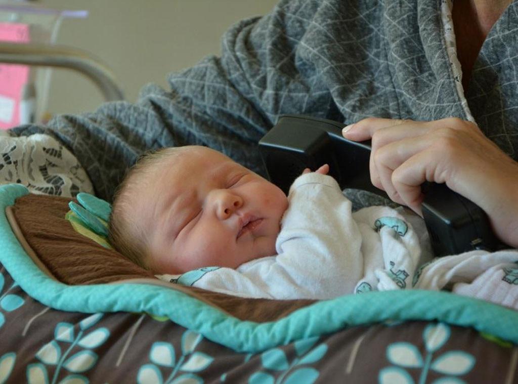 Savannah Guthrie, Baby Vale