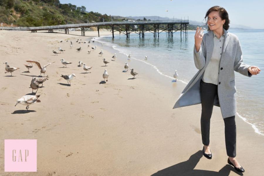Elisabeth Moss, GAP Fall Campaign