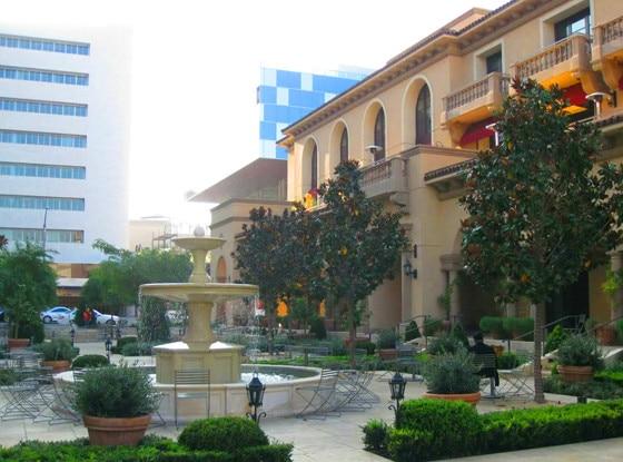 Courtyard, Bouchon, Montage, Beverly Hills Hotel