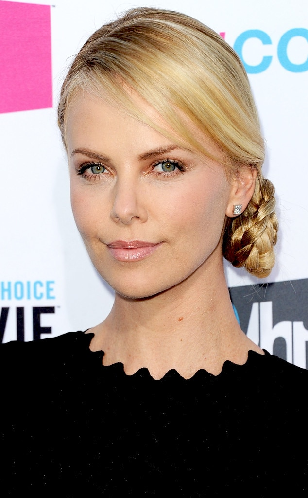 Charlize Theron, Braids