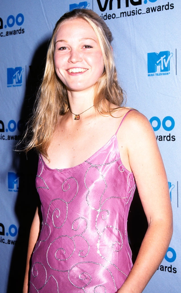 Julia Stiles, MTV VMA's 2000