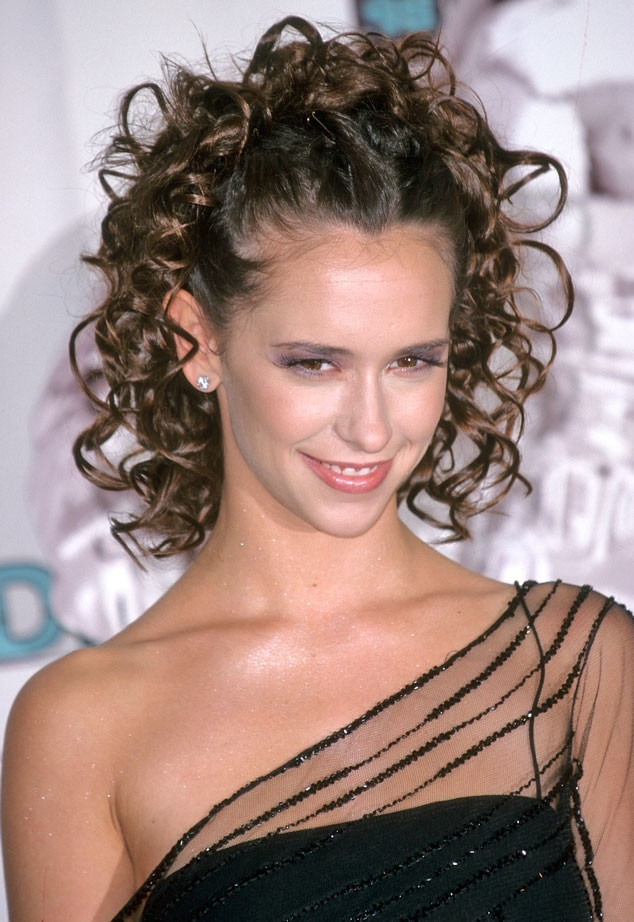 Jennifer Love Hewitt, MTV VMA's 1998
