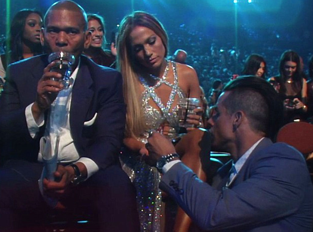 Jennifer Lopez, Casper Smart, 2014 MTV VMAs