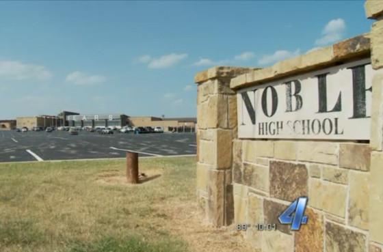 Noble High School, Dress Code
