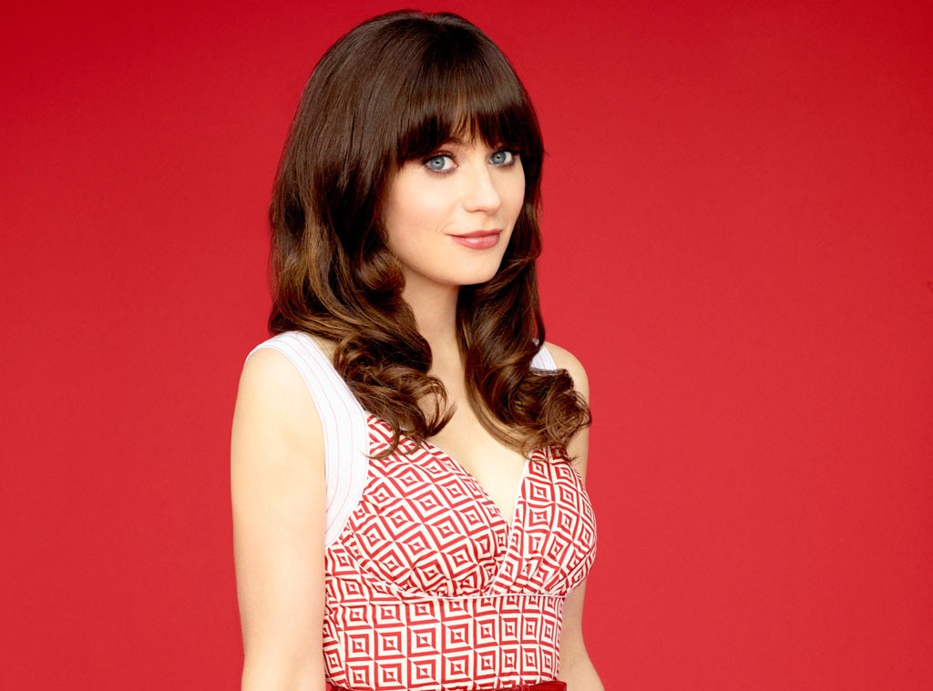 Pretty zooey deschanel lookalike plays on cam 1