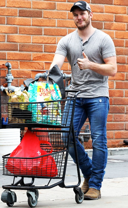 Chris Pratt, Grocery Shopping