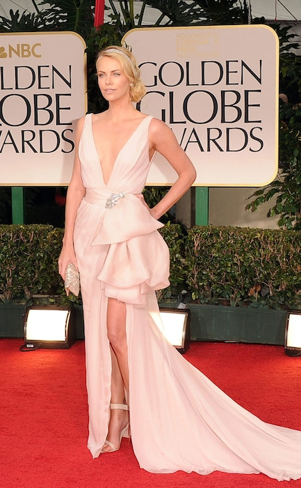 Charlize Theron, Golden Globes 2012