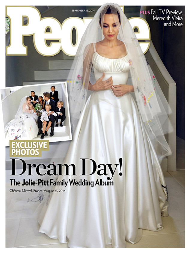 Angelina Jolie and Brad Pitt Wedding feature on People Magazine