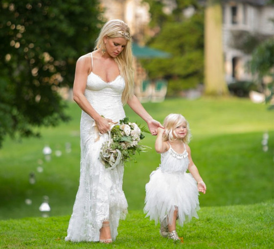 See Jessica Simpson\'s Daughter Maxwell as an Adorable Flower Girl ...